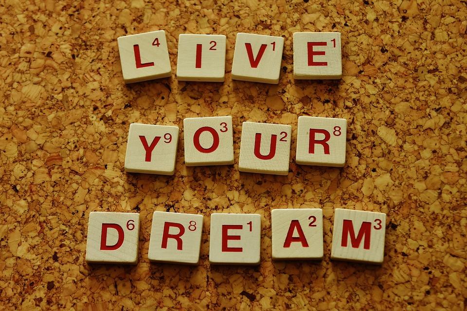 Scrabble Live Your Dreams